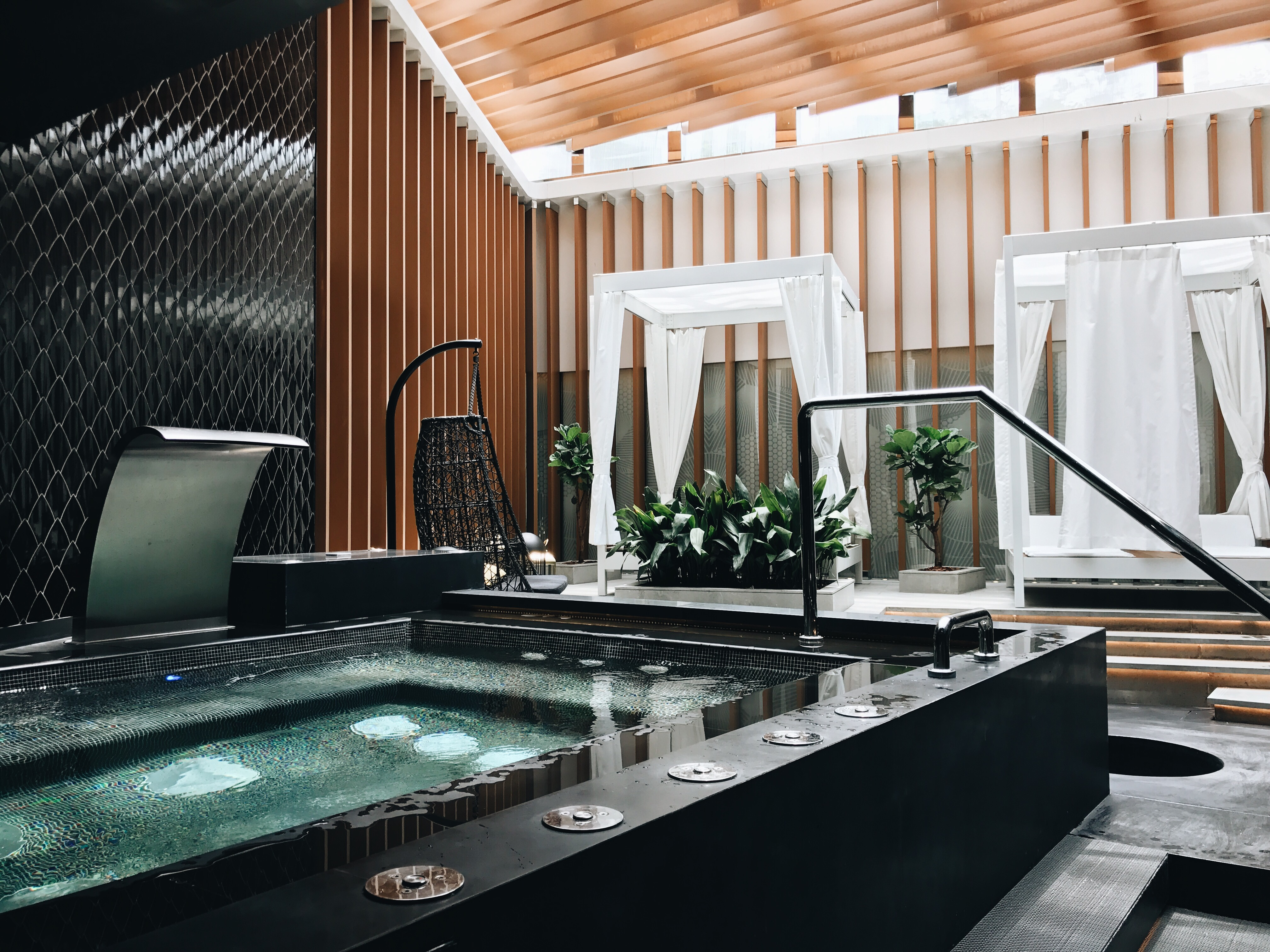 d8cc2aba 3adf 493e 9e77 93efeee764ee - W HOTEL - 上海No.1の景色を楽しむホテル