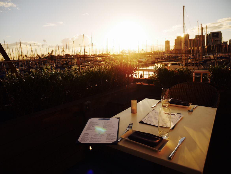 img 3543 1170x878 - The Modern Honolulu Ravish - ハーバー越しのサンセットディナー