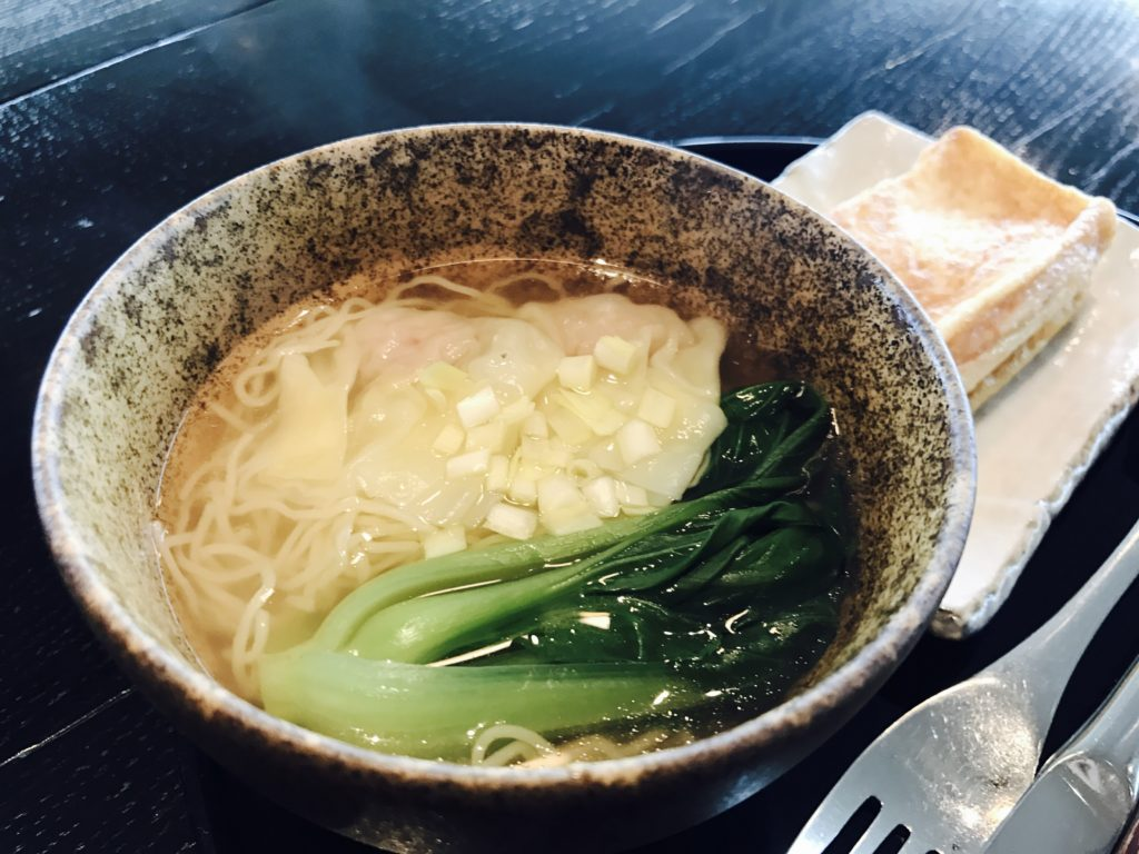 img 5808 1024x768 - CATHAY PACIFIC LOUNGE The Noodle Bar - 羽田空港のキャセイパシフィックラウンジ