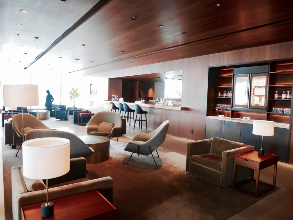 img 6210 1024x768 - CATHAY PACIFIC LOUNGE The Noodle Bar - 羽田空港のキャセイパシフィックラウンジ