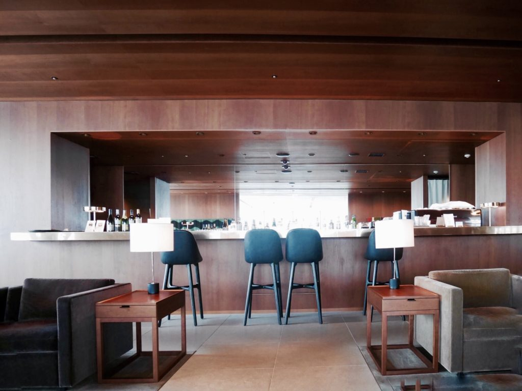 img 6212 1024x768 - CATHAY PACIFIC LOUNGE The Noodle Bar - 羽田空港のキャセイパシフィックラウンジ