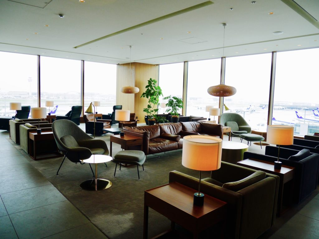img 6213 1024x768 - CATHAY PACIFIC LOUNGE The Noodle Bar - 羽田空港のキャセイパシフィックラウンジ