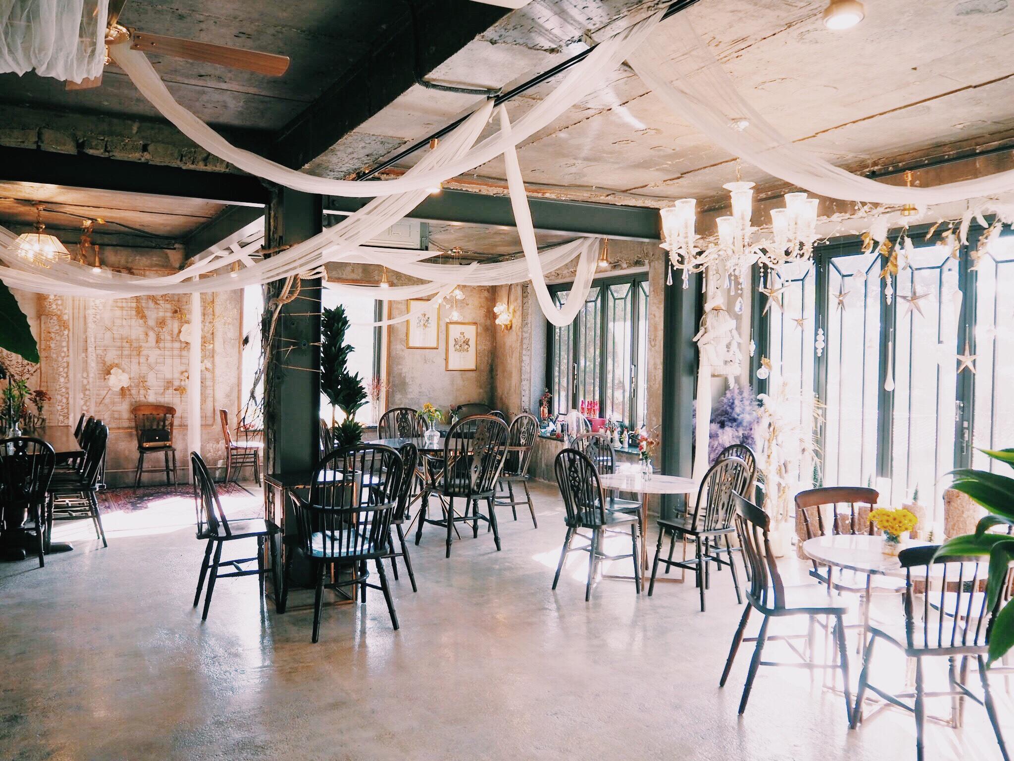536fabe4 df6a 4f10 8f57 4a0073ffa04a - GRAND MUSE - まるで隠れ家一軒家。韓国ソウルにオープンしたケーキプレートがおしゃれなカフェ