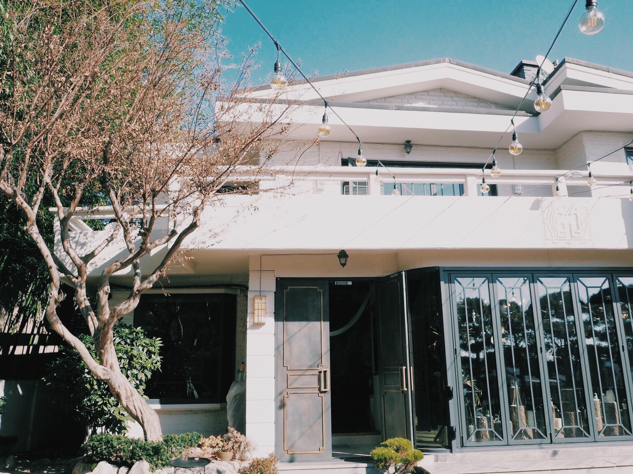 9076550e 7f91 4152 86c7 d28473767f7a - GRAND MUSE - まるで隠れ家一軒家。韓国ソウルにオープンしたケーキプレートがおしゃれなカフェ