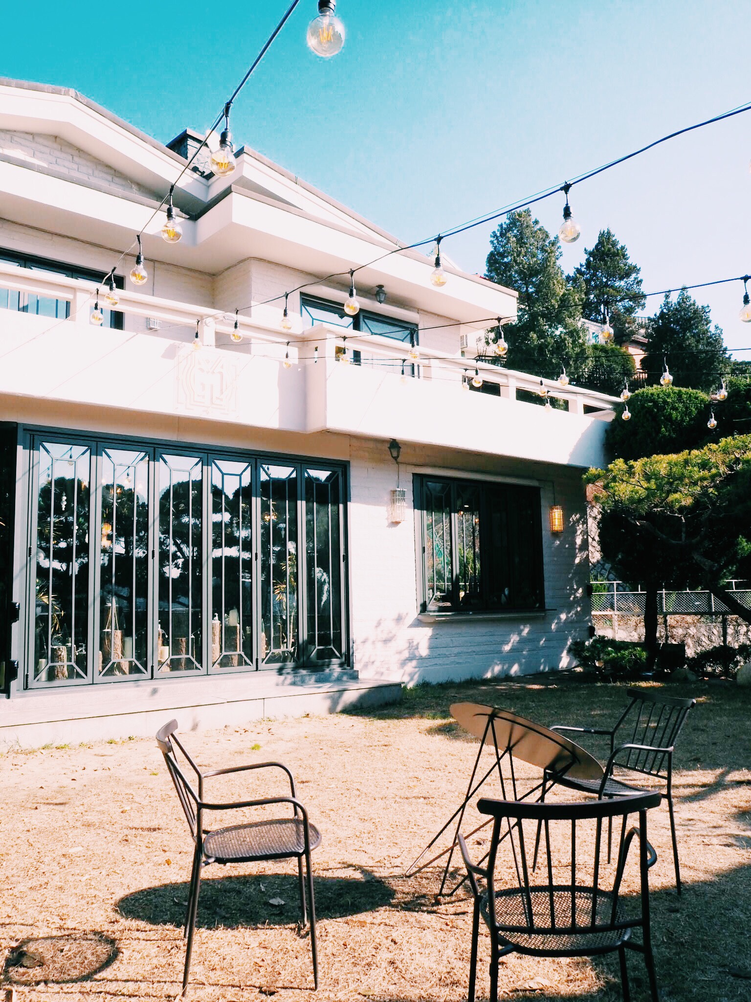 97047639 897d 4d0d a4c1 a8dd25ac5d0e - GRAND MUSE - まるで隠れ家一軒家。韓国ソウルにオープンしたケーキプレートがおしゃれなカフェ