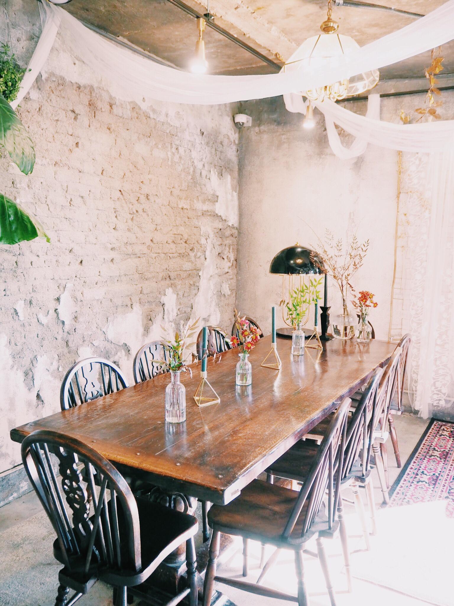 f4735ac9 1371 4d78 be43 19443a11233e - GRAND MUSE - まるで隠れ家一軒家。韓国ソウルにオープンしたケーキプレートがおしゃれなカフェ