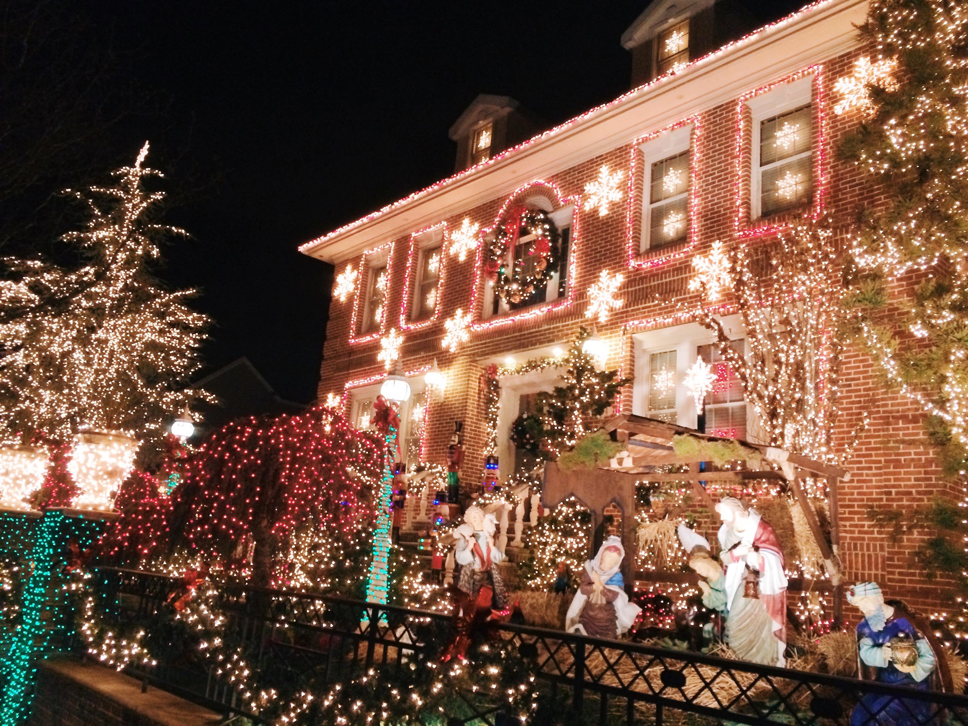 8e3fcd48 0d08 45c9 9d97 b0c633d1dadb - Christmas in New York - ホリデーシーズンのニューヨーク 街に溢れるクリスマスイルミネーション