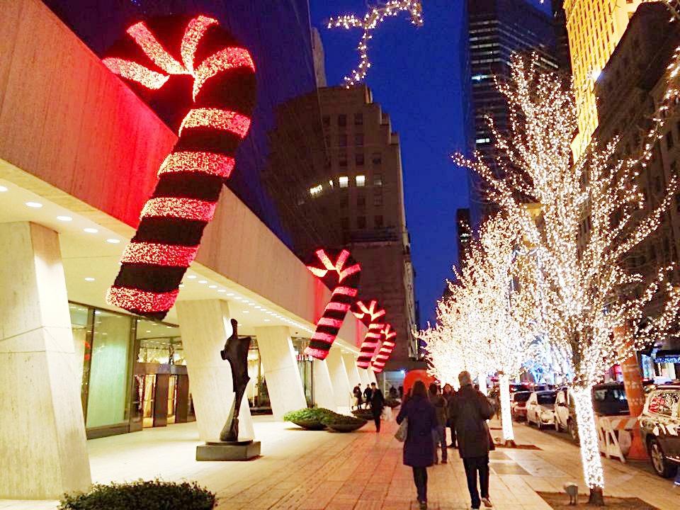 f94834a9 99cd 413f a2fe 1af3a2085e49 - Christmas in New York - ホリデーシーズンのニューヨーク 街に溢れるクリスマスイルミネーション