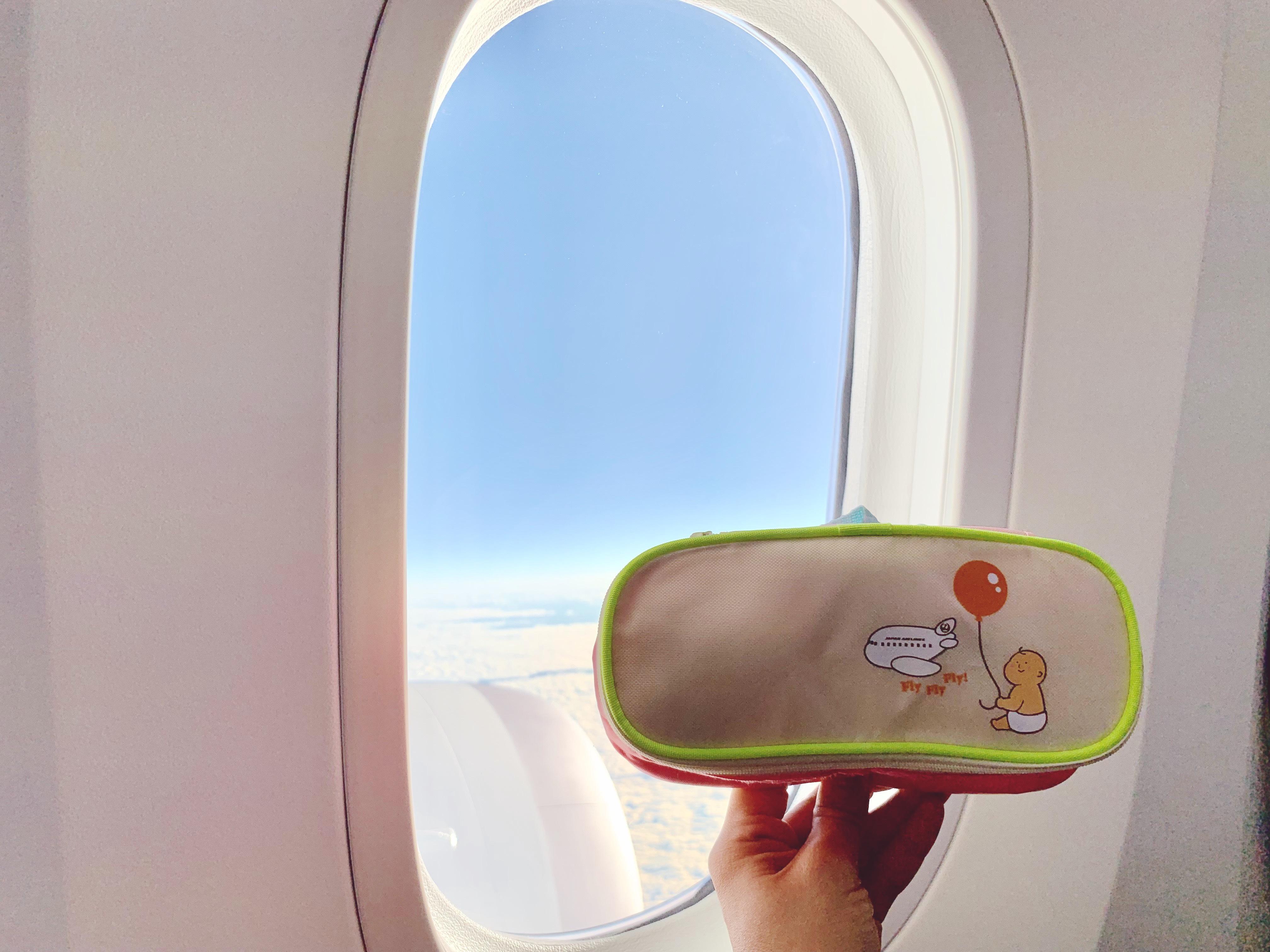 214110a7 110a 47b8 aa78 fdd7b0df1ff6 - Flight with baby boy - JALハワイ便 0歳4ヶ月のフライト