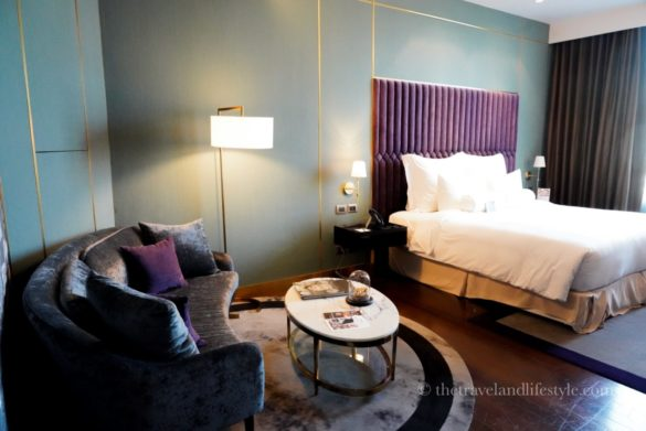 dsc08583 585x391 - akyra Thonglor Bangkok -  バンコクのラグジュアリーデザイナーズホテル
